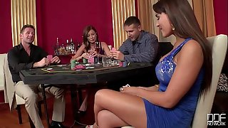 2 casino Escorts get Double Penetrated and Gag on cock