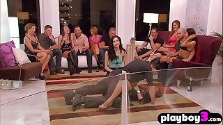 Hot couple jumped into group orgy hook-up in a redroom