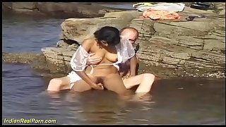 real indian teenager sex in the ocean